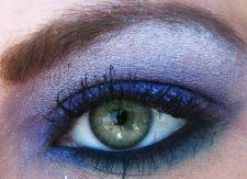 Eyeshadow (image by dreamglow - Flickr - CC)