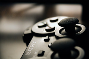 Dual Shock controller (image by Angelo Gonzalez, Flickr, CC)