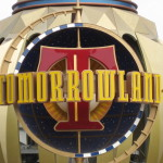 [Review] Tomorrowland – A hopeful but hollow vision of utopia